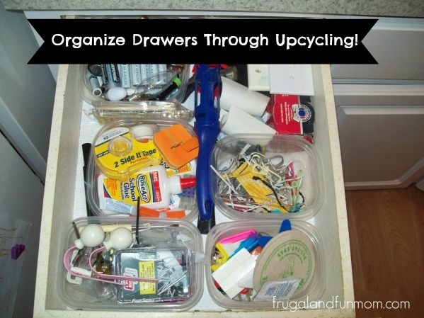 Cheap Way to Organize Your Drawers! Upcycling Plastic Containers! 1