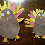 Easy and Cheap Thanksgiving Craft – The Hand and Foot Turkey!