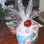 16 Semi Homemade Christmas Mugs Gifts I Made Under $25 Dollars! With Hot Cocoa and Candy Canes!