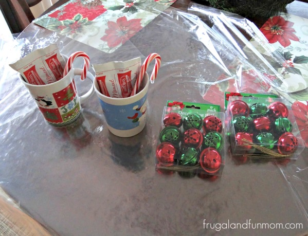 Check Out These 16 Semi Homemade Gifts I Made Under $25 Dollars! Christmas Mugs with Hot Cocoa and Candy Canes!