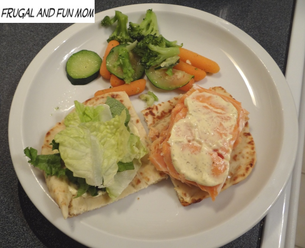 Stonefire Grill Naan with Salmon