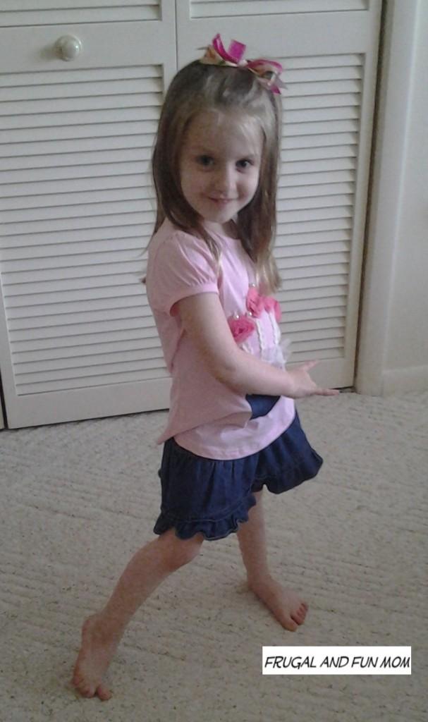 Shake It Up CD child Dancing