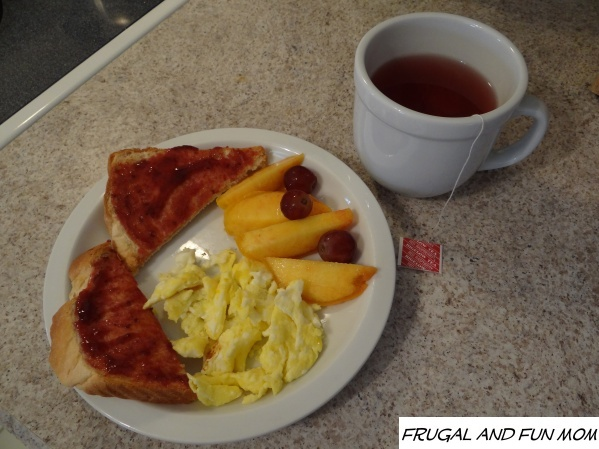 Bigelow Tea with breakfast, Back To School Routines with Walmart and Bigelow Tea #AmericasTea #shop #cbias