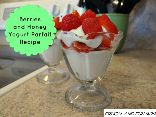 Berries and Honey Yogurt Parfait Recipe
