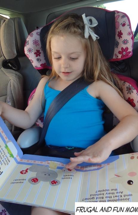 Reading Sophie la girafe books