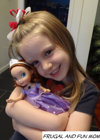 Sofia the first doll 001