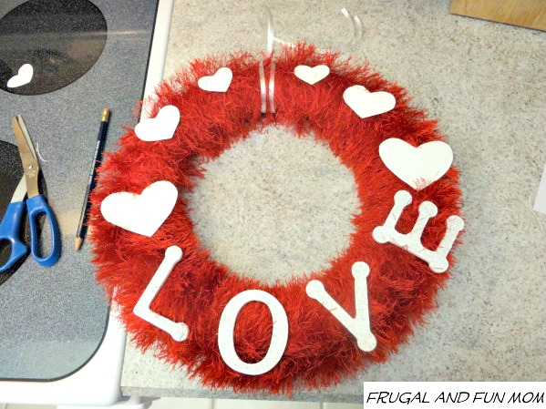 Valentines-Day-Wreath-Love-and-Hearts-Fun-Fur 1