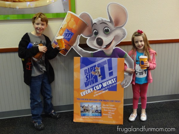 "Chuck E Cheese ""Rip It Sip Win It"" Game"