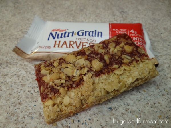 Nutri-Grain Fruit and Oat Harvest Strawberry Bar