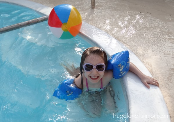 """Pool Playtime and Sofia The First """"The Floating Palace"""" DVD"""