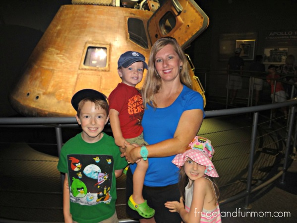 Kennedy-Space-Center-Family-Photo