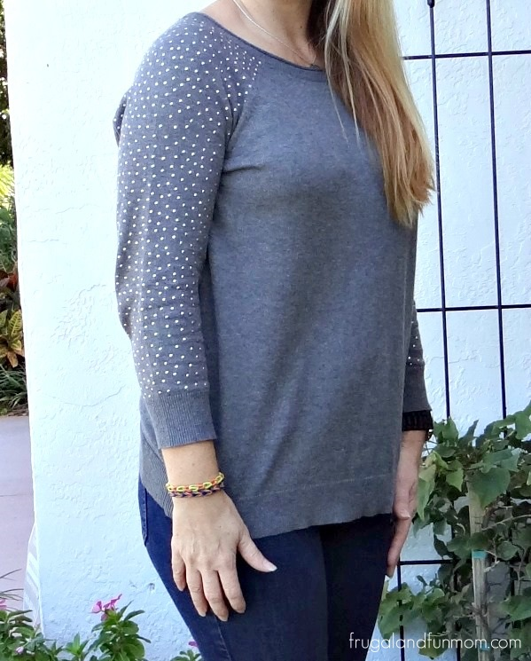 Kohls Apt 9 Sweater with Silver and Gray