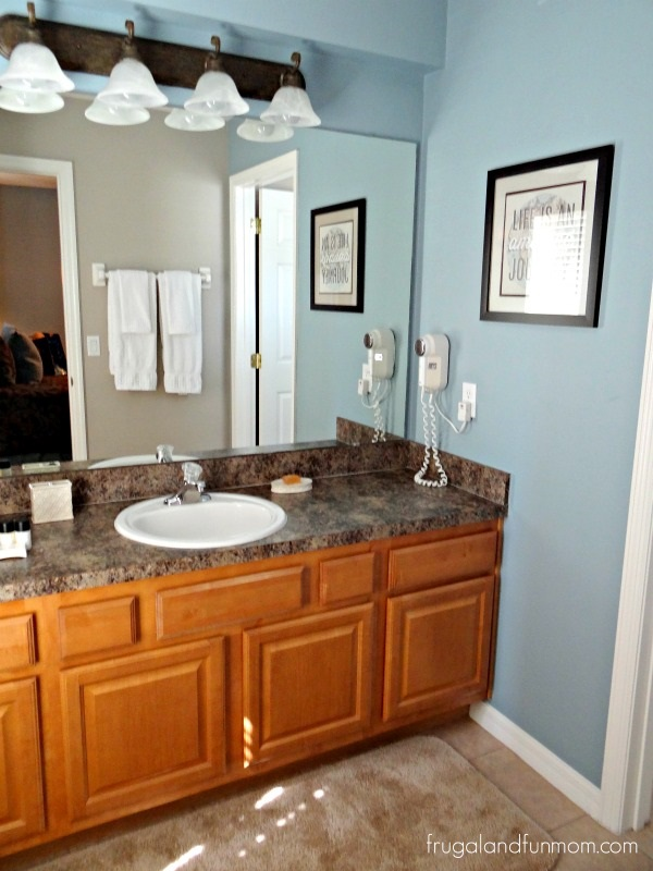 All-Star-Vacation-Homes-Bathroom