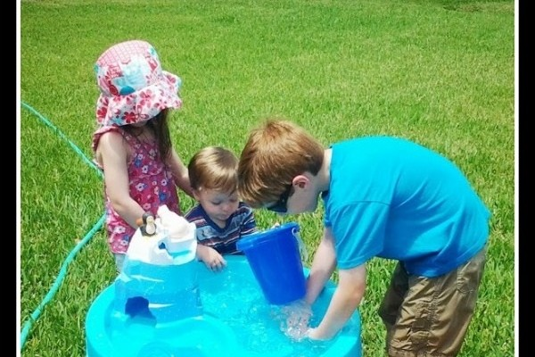 5 Summer Playdate Ideas With Planning Tips!