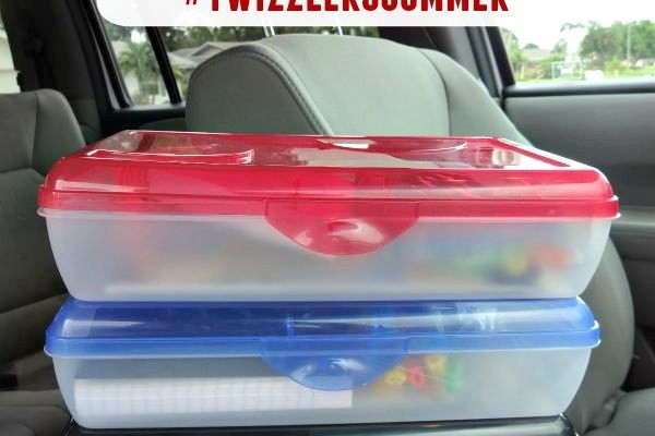 Summer Travel Busy Box Ideas! They Are Keeping My Children Entertained! #TwizzlersSummer