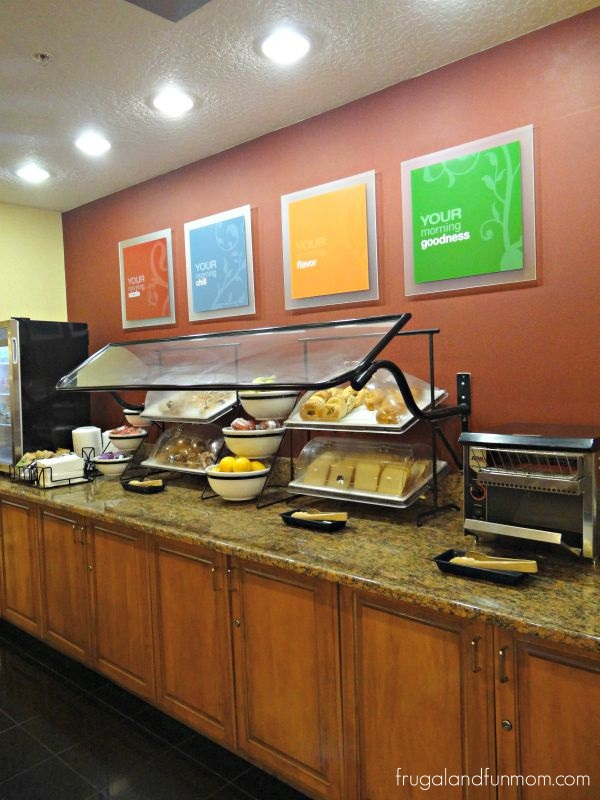Breakfast Buffet at Comfort Inn International Drive