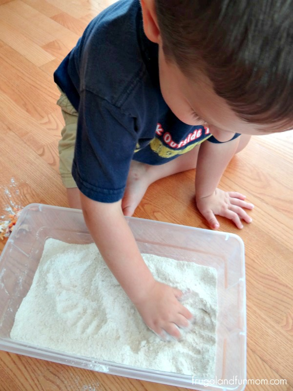Dinosaurs in Sand Activity