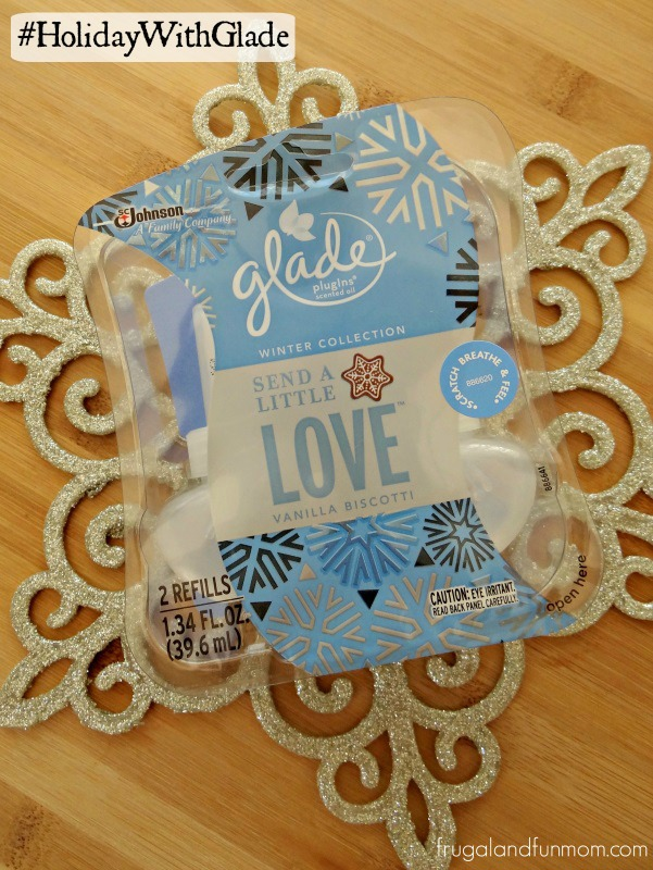 Glade Winter Collection Plugin in Vanilla Biscotti #HolidayWithGlade