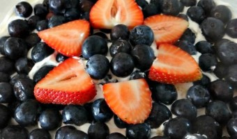 Easy Red, White, and Blue Dessert Trifle! Simple Patriotic DIY Recipe!