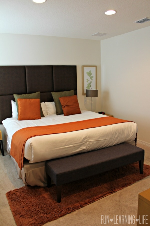 Encantada-Resort-in-Kissimmee-Florida-Master-Bedroom