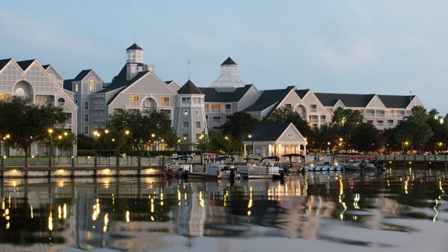 yacht-club-resort-Disney