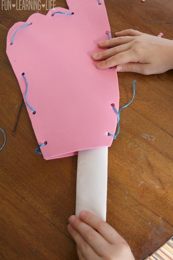 Placing goals insde the foam finger craft