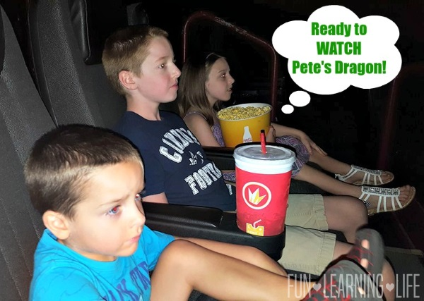 watching-petes-dragon-in-the-movie-theater