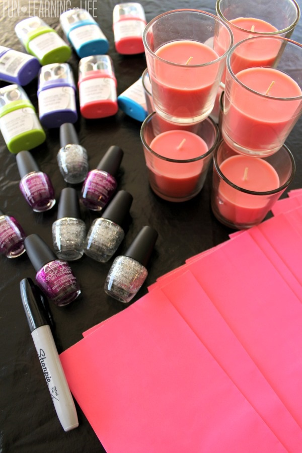 contents-of-pamper-pack-gift-bags