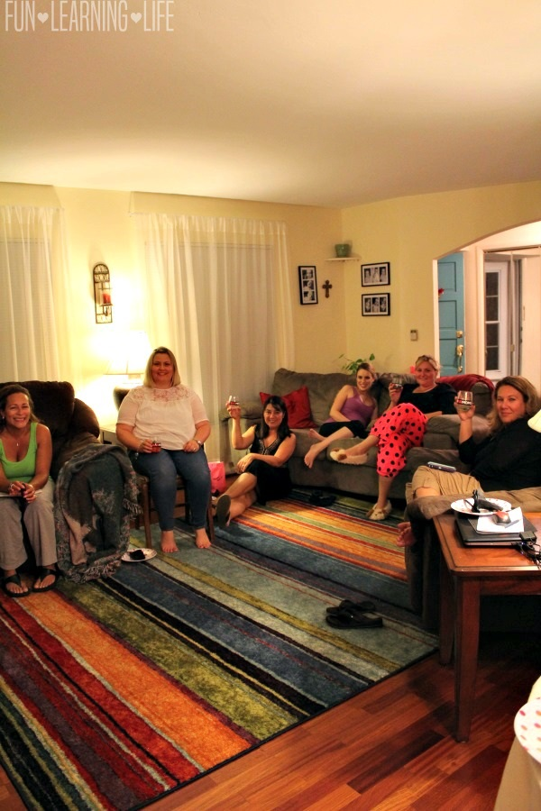 group-of-great-moms-bad-moms-night-in-event