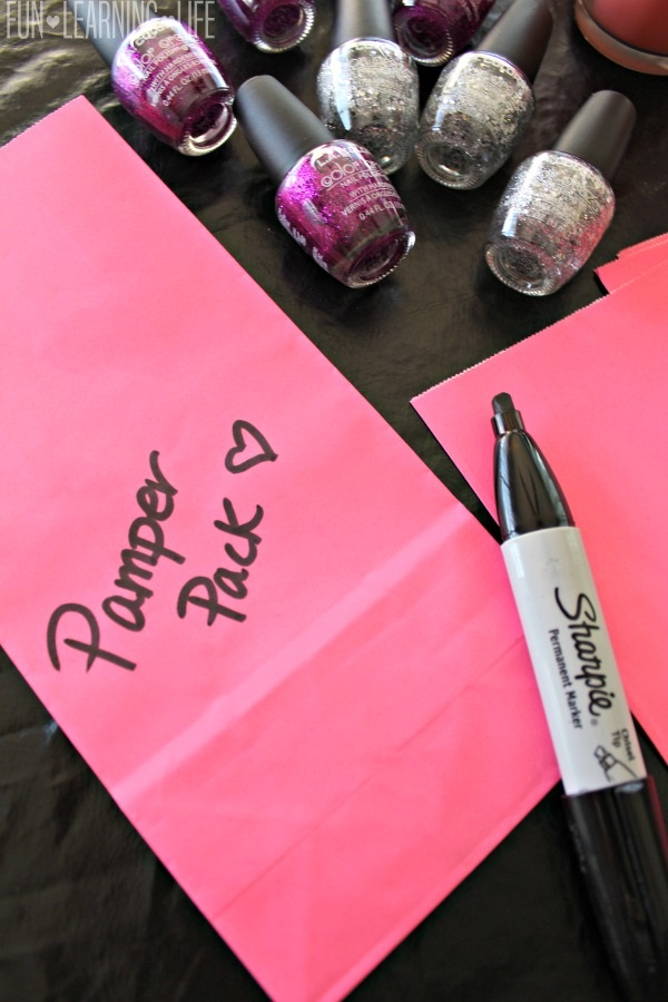 making-pamper-pack-gift-bags