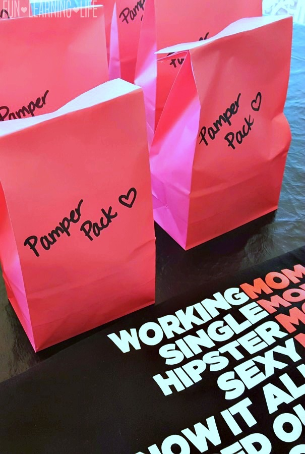pamper-pack-gift-bags-sets-for-a-moms-night-party