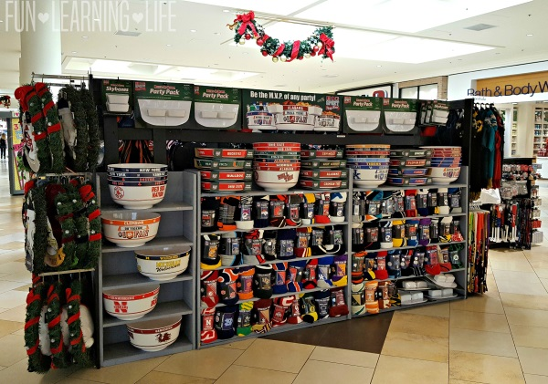 sports-themed-items-for-purchase-at-christmas-at-the-sarasota-square-mall