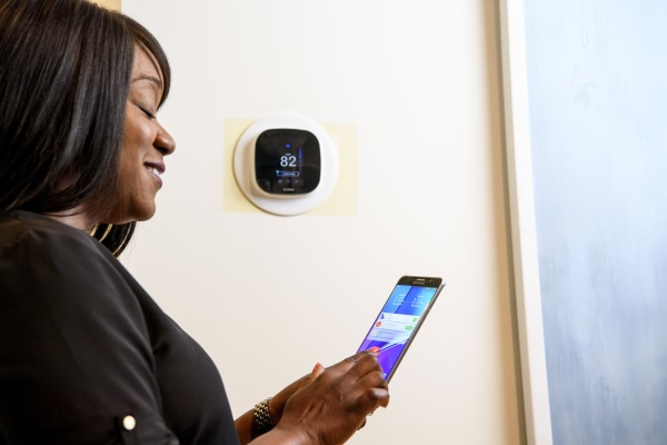 Ways To Start Saving Money On Your Energy Bill! {Smart Thermostat Giveaway}