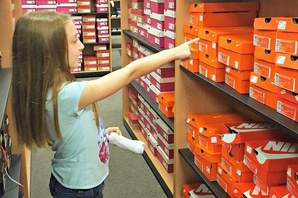 Tips To Surviving Back To School Shopping With Kids!