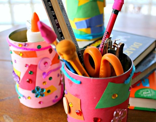 Homemade Pencil Holder To Organize Tools For School!