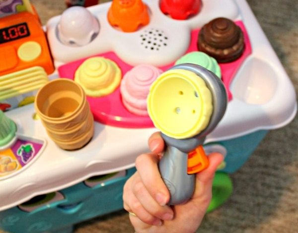 LeapFrog Scoop & Learn Ice Cream Cart Review! {Giveaway}