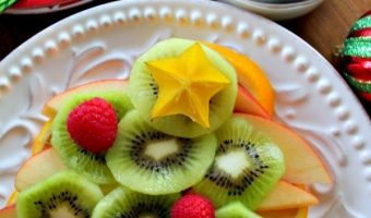 Christmas Tree Platter Made of Fruit For Better Holiday Choices!