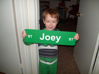 Review and Giveaway of BuildASign.com Custom Signs