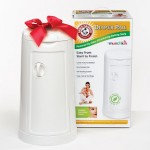 Enter the Munchkin Arm & Hammer Pail it Forward Contest And You Could Win an Early Christmas Gift For a Friend!