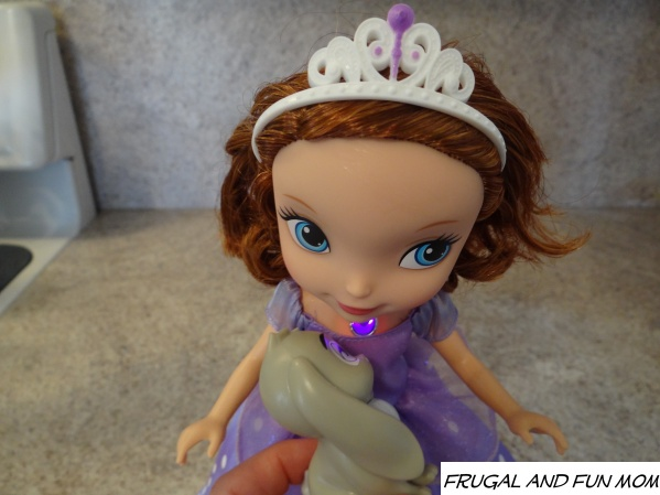 Sofia the first talking doll 008