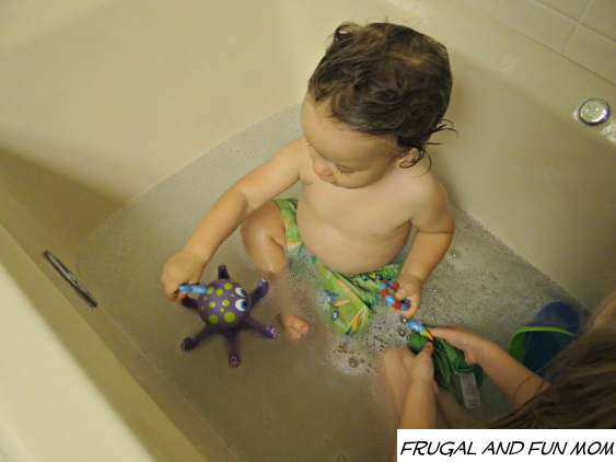 Nuby Octopus Floating Bath Toy in tub