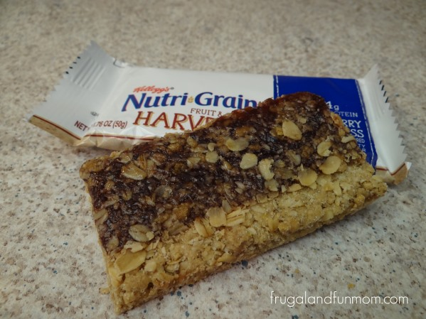 Nutri-Grain Fruit and Oat Harvest Blueberry Bar