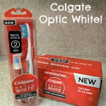 Colgate Optic White Review! #BrushWhitenGo It is a Toothbrush and Whitening Pen All-In-One!