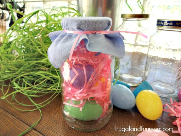 EASY Easter DIY With A Mason Jar