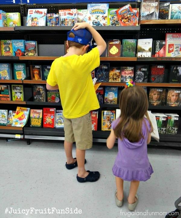 Showing Our #JuicyFruitFunSide Through Summer Reading Rewards! #Shop #Cbias