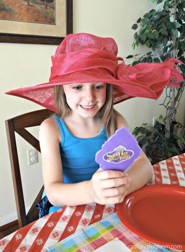 Sofia the First The Enchanted Feast DVD and Mirrow