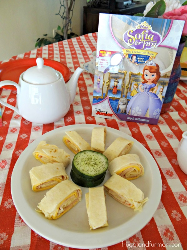 Sofia the First The Enchanted Feast Tea Party