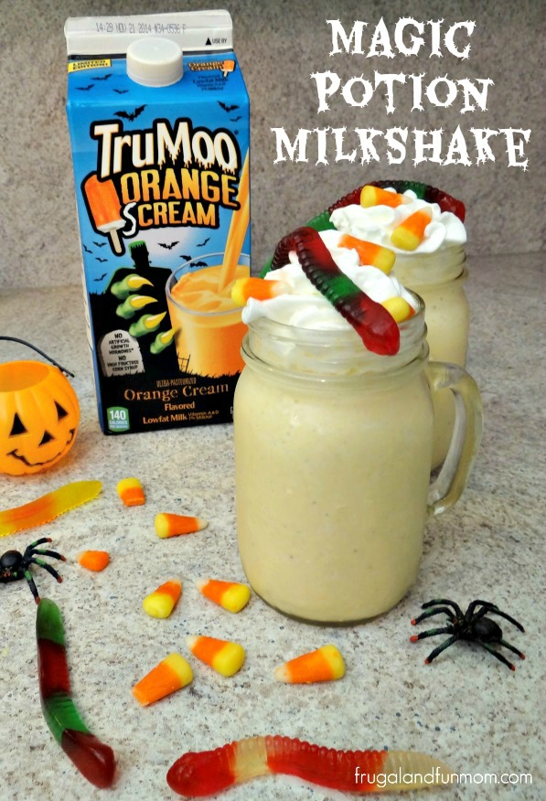 Magic Potion Milkshake with TruMoo Orange Scream! #TruMooTreats #Halloween #Sponsored