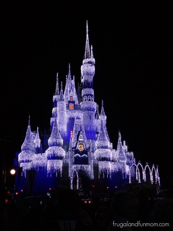 Illuminated-Frozen-Castle-by-Elsa-at-Mickeys-Very-Merry-Christmas