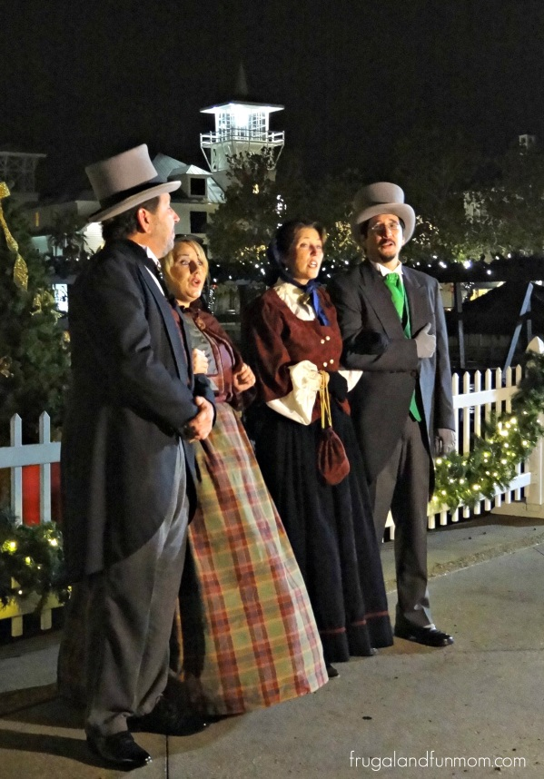 Carolers-at-Snow-Snowing-Kissimmee